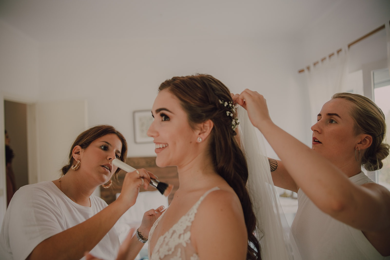 Hair and makeup team on wedding in Portugal by Pedro Lopes