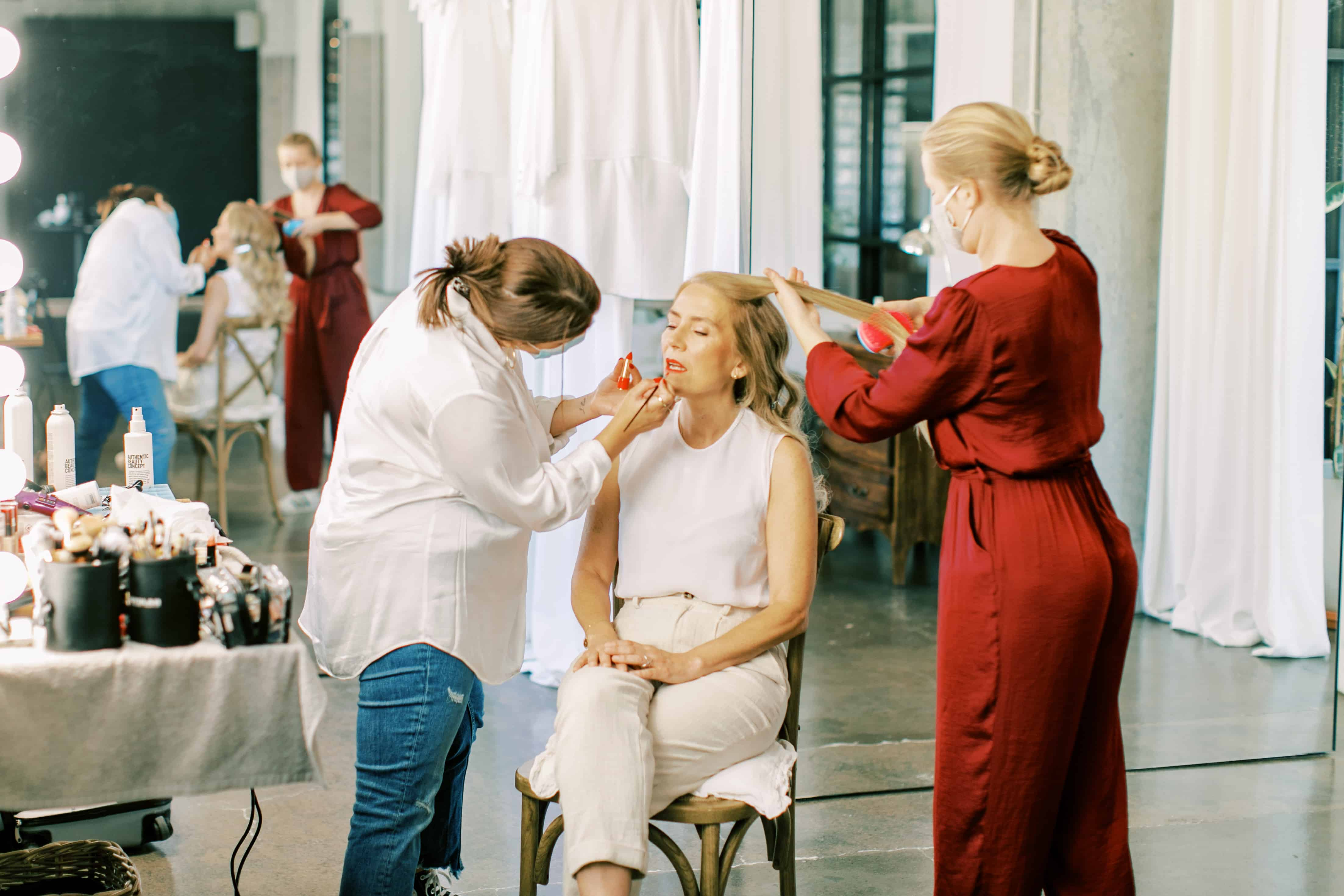 Wedding beauty team in Portugal: makeup artist Rita Santos Tecas and hairstylist letshair