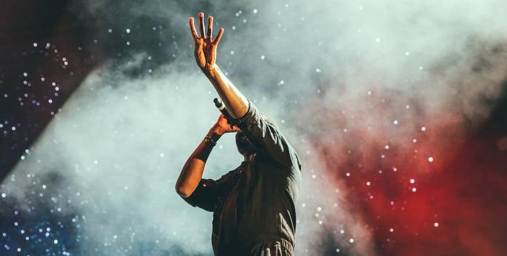 Scorti-Samuel performing live