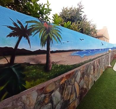 Decoración mural piscina playa