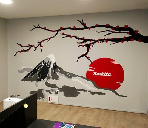 Decoración mural oficinas Makita