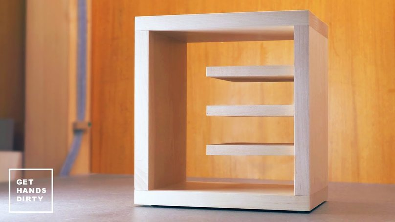 A little hard drive shelf to store hard drives